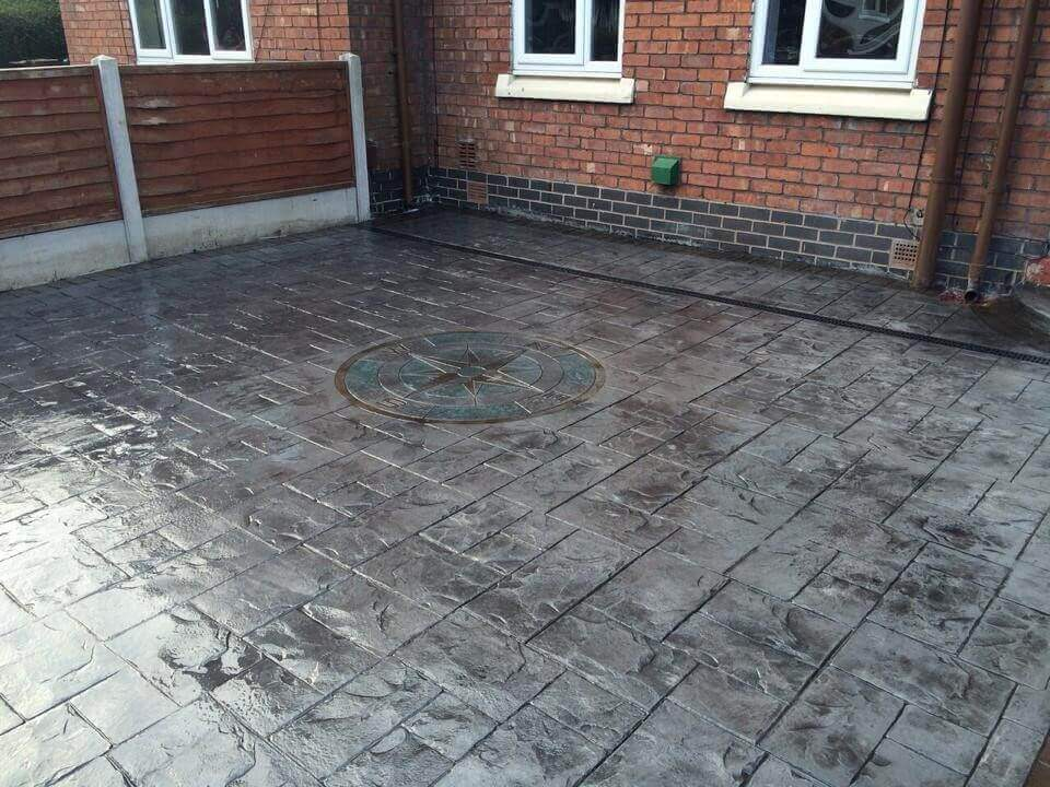 Printed Concrete Driveway >> The History Of Pattern Imprinted Concrete Driveways