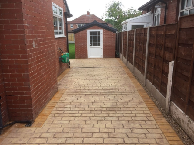 Sandstone driveway Burnage, Manchester 4