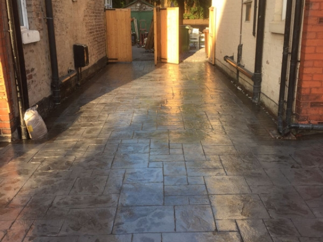 Shared driveway re-surface Cheadle Hulme 1