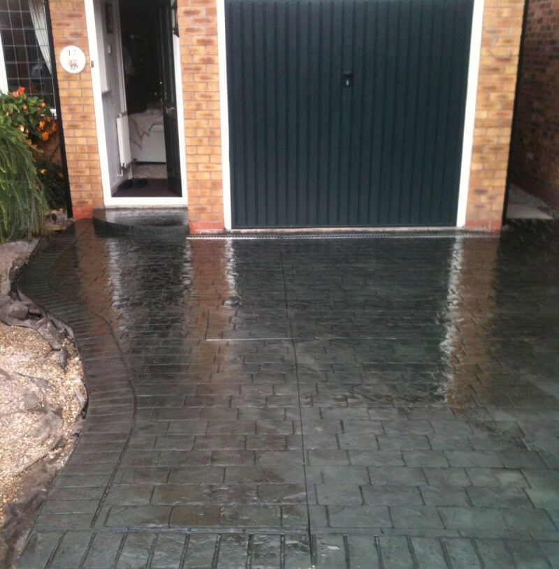 If you would like advice or a quote for a new driveway in Gatley, contact us on 0161 945 1208
