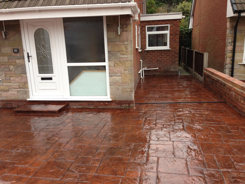 If you would like advice or a quote for a new driveway in Urmston, contact us on 0161 945 1208