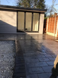 New pattern imprinted patio in Wythenshawe