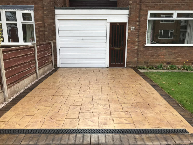 New driveway in Ashlar Cut Stone pattern installed in Bramhall